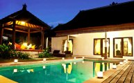 Bali Seminyak villa compound for sale 7 bedrooms 3 villas: