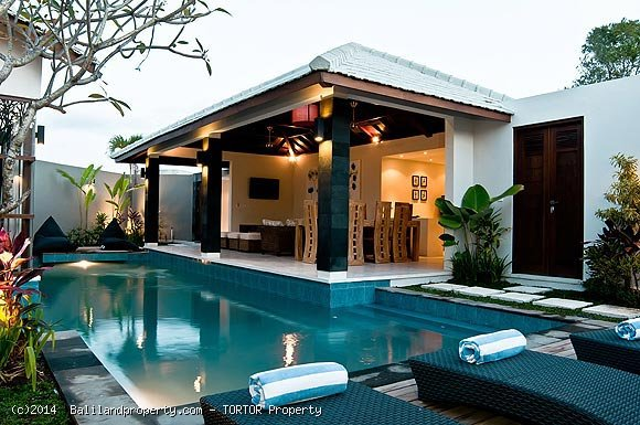 Three villa resort for sale with high returns
