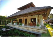 Luxury Bali villa estate for sale 7 bedrooms 4 villas near beach