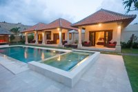 Luxury 4 bedroom villa for sale Seminyak pool bar Jacuzzi