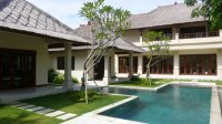 Profitable holiday villa 3.5 bedrooms t-shaped pool