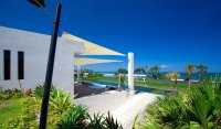 Exclusive freehold beachfront 6 suite villa estate