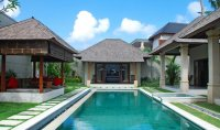 Bali villa estate for sale 2 villas 7 bedrooms property investment