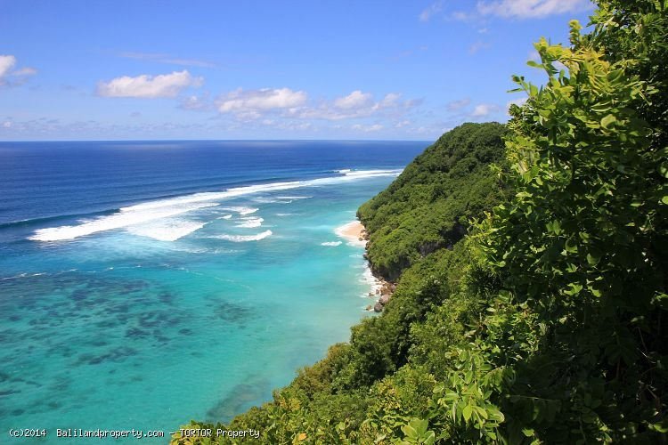 Cliff front land in South Bali 21600m2