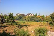 Thousand m2 leasehold land in Umalas near creek: