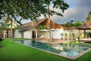 Modern Bali villa property 4 bedrooms Italian designed pool TV room